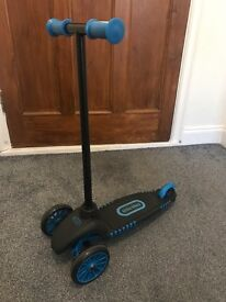 Little trikes scooter, used good condition - blue/black