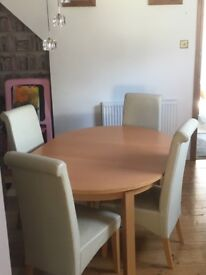 Table and chairs good condition pick up only in swanland