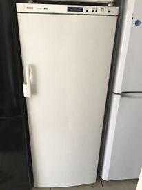 BOSCH freestanding freezer £120 free delivery great condition