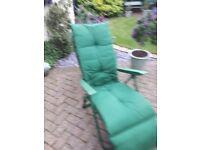 Recliner garden chair and cushion