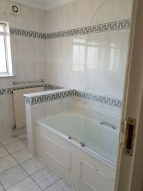 5 BED HOUSE THE RIDGEWAY ACTON W3 ( 5 BEDROOM WITH NO LOUNGE)