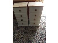 PAIR OF TOP QUALITY 4 DRAWER BEDSIDE CABINETS