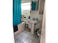 DOUBLE ROOMS TO RENT IN FOREST GATE ZONE3