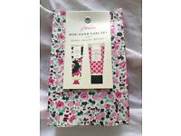Joules mini hand care gift set