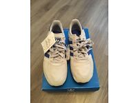 Mens Adidas LA Trainer Size 9