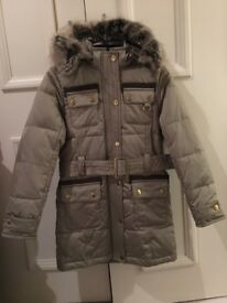Girl Barbour coat 6-7