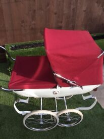 Sliver Croce silver rose dolls pram good condition burgundy colour new breaks and new inside
