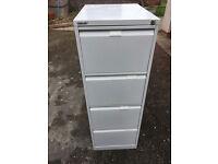 Filing cabinet, 4-drawer Bisley lockable, including over 135 Foolscap suspension folders