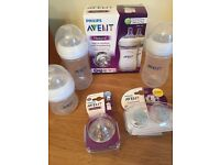 Avent natural baby bottles 4 X 9oz, 1 X 4oz with 2 medium flow tears and 2 soothers - all new/unused
