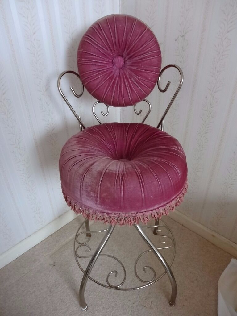 Hollywood Regency Velvet Vanity Boudoir Chair Vintage
