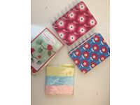 Cute and colourful stationery (post-it's, mini notebooks)