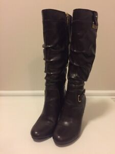 Guess boots size 5.5