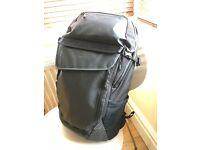Timbuk2 Especial Medio cycling laptop backpack; 30L