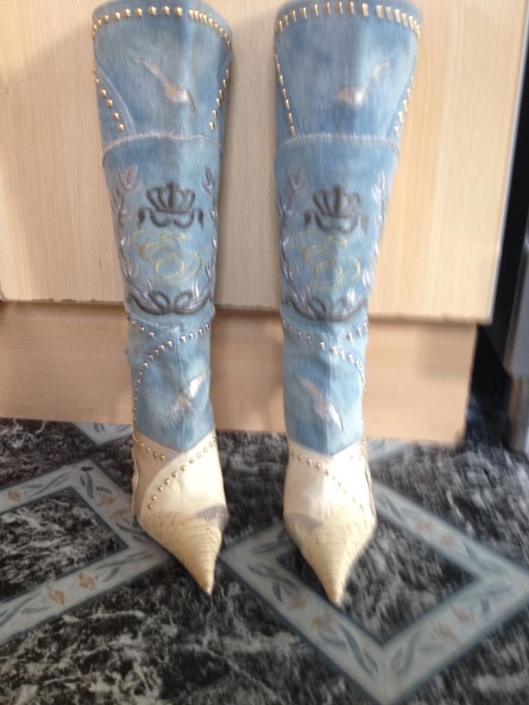 Faith solo boots
