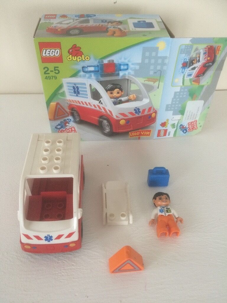 LEGO DUPLO 4979 Ambulance with Box