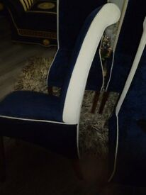 4 STUNNING DAMASK DINING CHAIRS CREAM/DARK BLUE WITH BUTTON DETAIL.