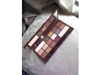 I heart make up obsession with chocolate 16 piece eyeshadow palette