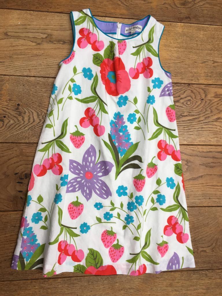 3d710b9276fb Mini Boden Flower Girl Dresses