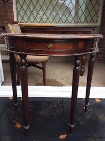 half moon mahogony table
