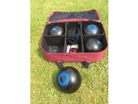 Bowls balls and bag