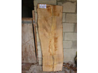 Oak and beech seasoned planks 70 available: Variable spalding, length, width & thickness