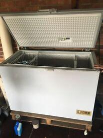 Freezer large