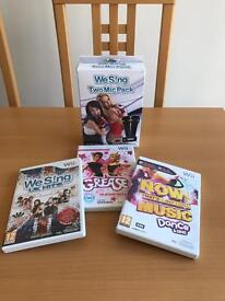 Wii We Sing UK Hits plus microphones