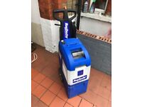 RUG DOCTOR CARPET CLEANING MACHINE WITH AND HELD TOOL