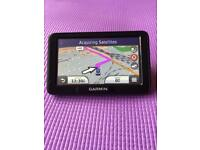 Garmin nuvi 2415 built in handsfree bluetooth and UK and Ireland mapping excellent condition