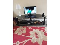 glass tv stand very good condition
