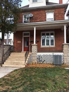 *** This 3 Bed Rental Could Be Yours!!!!! ***  47D2