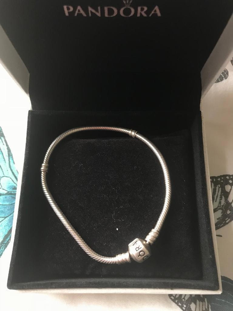 Pandora bracelet 19