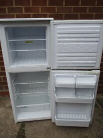 Hridge freezer.. 2 yr old Beko fridge freezer in mint condition
