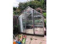 Aluminium Greenhouse 6ftx6ft all glass present.