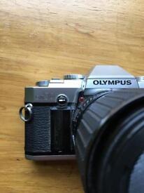 Olympus OM + sigma 35-70 f2.8-4