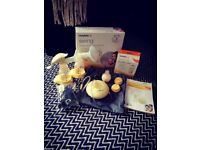 Medela Electric Breast Pump & Manual pump, Perfect condition includes two bottles