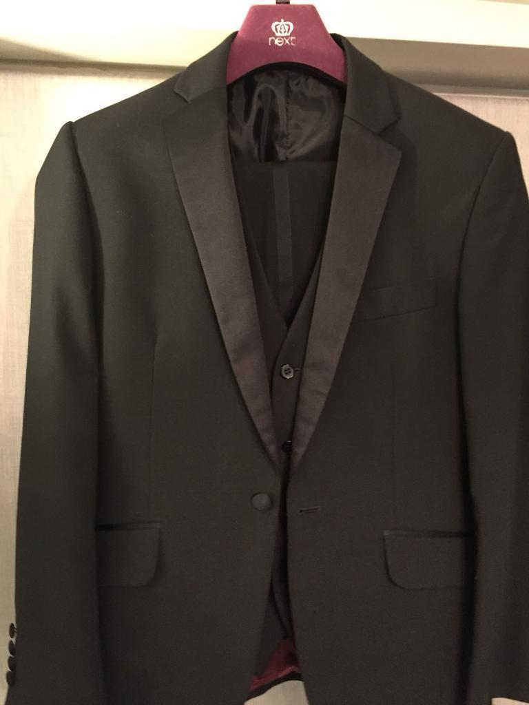 Men's Black Tuxedo 3 piece dinner suit