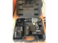 Titan 18v combi hammer drill driver and 2 batteries