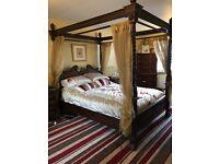 Beautiful mahogany 4 poster king size bed