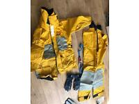 Sailing oils XL jacket and trousers by Musto