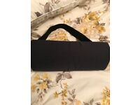 Back cushion support, elasticated strap