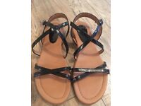 Billi Bi black leather sandals size 6/eu39