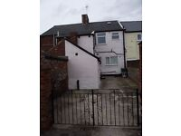 MURTON | R490| Ground Floor Flat | OFF STREET PARKING | Clean, Neat & Tidy | Low Upfront Costs |