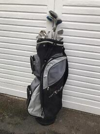 Mens Top Flite bag and golf clubs with it