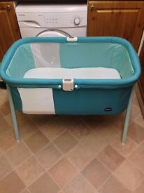 Green Jam Chicco Lullago Crib Excellent Condition!