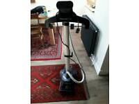 Rowenta compact clothes steamer