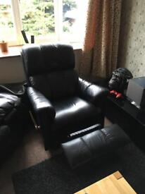 3 piece leather sofa / couch including delivery