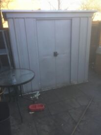 6'4 metal garden storage shed only had 6 months £65 Ono!!