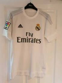 Men's Genuine Real Madrid Ronaldo 7 shirt size XS