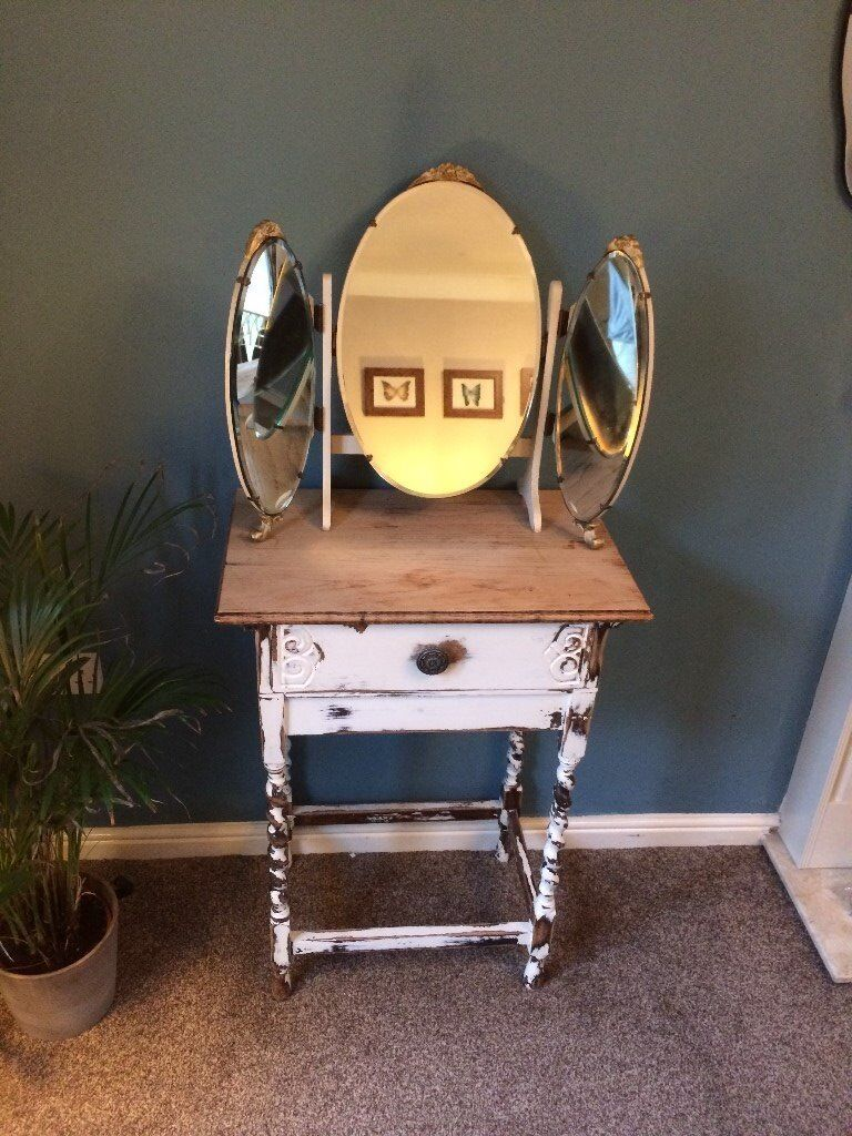 Dressing table tripple mirror cream gold vintage